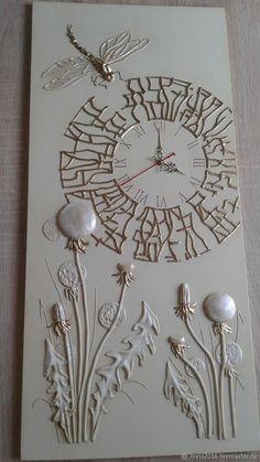 Discover thousands of images about 51 Clock Art DIY Decor To Inspire and Copy Clock Art, Diy Clock, Hot Glue Art, Plaster Art, Diy Home Decor On A Budget, Cool Diy, Diy Art, Decoration, Glass Art