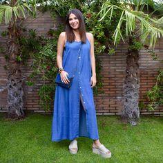 ¡¡Tendencia del momento!! 💙 El #vestido con botones es un #musthave para este verano en nuestras tiendas de Madrid. 😍 ¡No lo dejes escapar! www.kuk.es Madrid, Dresses, Fashion, Dress, Spring Summer 2018, Buttons, Tents, Trends, Vestidos