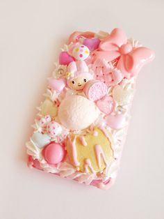"Kawaii iPhone 4/4S Decoden Case ""Bunny Sweets"". kr170.00, via Etsy."