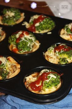 Mini tarty z brokułami i pieczarkami Pizza Recipes, Appetizer Recipes, Salad Recipes, Diet Recipes, Snack Recipes, Cooking Recipes, Snacks, Tiramisu, Best Food Ever