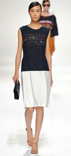 Dries Van Noten - Spring 2012 http://www.vogue.com/fashion-shows/spring-2012-ready-to-wear/dries-van-noten/slideshow/collection#44