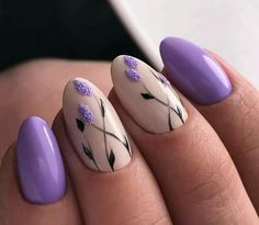 Nail art is one of many ways to boost your style. Try something different for each of your nails will surprise you. You do not have to use acrylic nail designs to have nail art on them. Here are several nail art ideas you need in spring! Cute Spring Nails, Spring Nail Art, Nail Designs Spring, Nail Art Designs, Cute Nail Art, Cute Nails, Pretty Nails, Lilac Nails Design, Lavender Nails