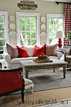 Savvy Southern Style A Change Of Colors In The Sun Room Home Décor Red Design Decorating Ideas Pillows Cushions Living