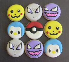 Pokémon!!!! AND one of my favorite Pokémon is there! PIPLUP! well, I like the evolved form more, but still. its cute