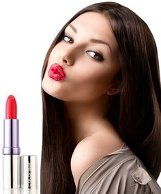 Makeover Essentials Looks to Runway Trendsetters for Makeup Advice Makeover Essentials, Fashion Beauty, Girl Fashion, Brunette Models, Beautiful Lips, Bridal Beauty, Makeup Kit, Best Makeup Products, Beauty Products