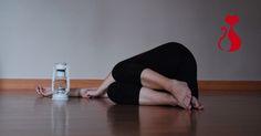 Lavoro di espressione corporea e improvvisazione con oggetti: lampada.