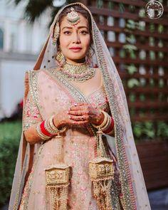 Pink Bridal Lehenga, Pink Lehenga, Lehenga Choli, Mehendi Outfits, Indian Bridal Outfits, Sabyasachi Bride, Sikh Wedding, Wedding Dress, Wedding Photoshoot