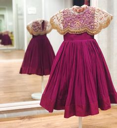 42 New Ideas Diy Fashion Clothing Dress Little Girls Source by nagashrees Dresses Baby Girl Party Dresses, Dresses Kids Girl, Party Wear Dresses, Girl Outfits, Frock Design, Baby Dress Design, Kids Frocks Design, Baby Frocks Designs, Kids Lehanga Design