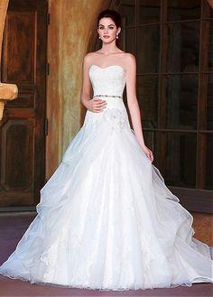 AMAZING GLAMOROUS BALL GOWN ORGANZA SATIN SWEETHEART NECKLINE NATURAL WAISTLINE WEDDING DRESS