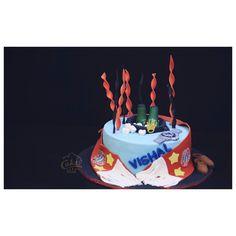 Football and Rolex, what more do guys want ⚽️ . .  #cakedecorating #cakedindia #beautifulcakes #photorealisticfigurines #themecakes  #foodbloggers #munchenfccake  #technologyandfood #cakeflavours #designed cake table #bakerslife #foodtalkindia #yahoofood #birthdaycake #buzzfeedindia #birthday #getcaked #byzzfeedtasty #vscoindia #indianfoodbloggers  #delhifoodie #foodbloggers #weddingphotography #weddinginspiration #weddingplanner #weddingdetails #weddingfood #wedding_asia