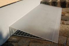 Lichtschachtabdeckung-Schraegabdeckung-mattiert-Produktphoto-2_800