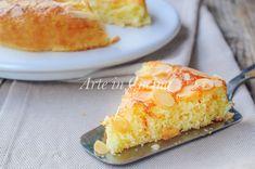 Torta semplice e soffice, dolce con mandorle e arancia, ricetta veloce, torta morbida, dolce da merenda o colazione, ricetta facile, torta senza burro, olio