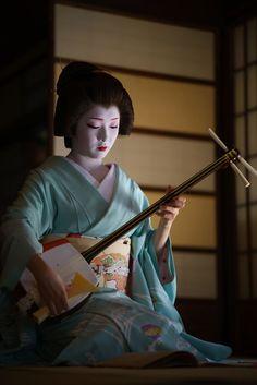 Geiko,Toshimana/Miyagawachô.Komaya(駒屋)/とし真菜