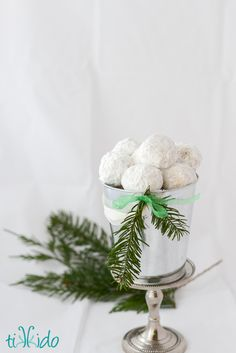 Russian Tea Cakes (aka Mexican Wedding Cakes aka Snowball Cookie ...