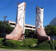 Big Boots @ the mall! San Antonio, Texas