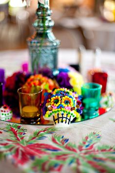 Great inspiration wedding. Instead of tealights, I would so want those to be shot glasses. ^_^