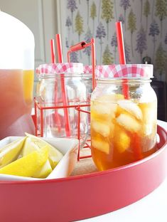 15 Boozy Iced Tea Cocktail Recipes to Quench Your Summer Thirst - Brit + Co Ginger Iced Tea Recipe, Iced Tea Recipes, Ginger Tea, Cocktail Recipes, Orange Pekoe Tea, Iced Tea Cocktails, Sweet Tea Vodka, Stuffed Peppers Healthy