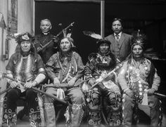 Ojibwe Indians are one of the largest groups of Native American and First Nations Peoples on the North American continent. Description from familysearch.org. I searched for this on bing.com/images