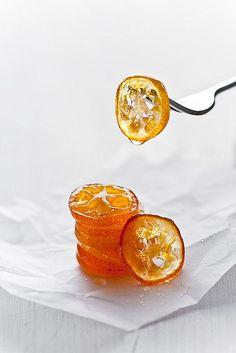 Vegan, vesweet candied kumquats // kumquats, sugar, water