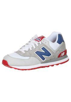 "New Balance (NB) ML574 Heren Grijs / ""N"" Blauw Loopschoenen.That's good quality and modern style."