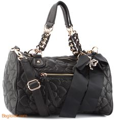 Betsey Johnson Purses | Betsey Johnson brings us exciting bags for the dedicated fashionista ...