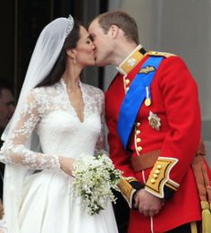 PRINCE WILLIAM AND CATHERINE MIDDLETON WEDDING- APRIL 29, 2011