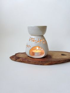 Hey, I found this really awesome Etsy listing at https://www.etsy.com/ru/listing/279030910/essential-oil-burner-handmade-ceramic