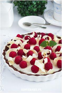 Tarta panna cotta z malinami - I Love Bake Dessert Drinks, Sweet Cakes, Cake Cookies, Food Photo, Panna Cotta, Cake Recipes, Sweet Tooth, Cheesecake, Good Food