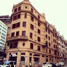 Prédio do Hotel Atlântico, localizado na esquina da avenida São João e rua Barão de Campinas.