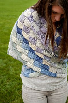 Three Pointed Love pattern by Cheri Clark; part of the Neighborhood Knits & Crochets Too: 2014 Rose City Yarn Crawl Pattern Collection eBook available on Ravelry. Photography by Joanna Schilling of Ember Owl Photography.