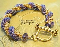 Double Spiral Weave Bracelet Pattern  *Love the gem before the clasp