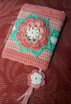 Crochet book cover Crochet Book Cover, Crochet Case, Crochet Books, Hello Kitty Crochet, Crochet Bookmarks, Bible Covers, Diy Gift Box, Labor, Fabric Painting