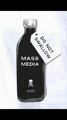 Mass media Do fear the propaganda! Background Cool, Die Revolution, The Wicked The Divine, Political Art, Political Events, Political Issues, Pop Art, Perfume Bottles, Mindfulness