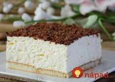 Nadýchaný penový krém zo smotany apudingu, maslové sušienky ahoblinky čokolády. Doprajte si fantastický zákusok bez pečenia, ktorý pripravíte raz-dva!