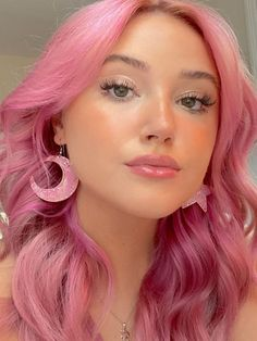 ARCTIC FOX HAIR COLOR @francesca.am felt like these earrings deserved their own ig post 🌙⭐️ #afvirginpink #affrosé #pinkhair #hairgoals #dyedhair #hairdye #haircolor #hair #inspo #hairinspo #goals #pinkaesthetic #aesthetic #quarantinehair #quarantinelooks #arcticfoxhaircolor Long Pink Hair, Magenta Hair, Bold Hair Color, Pink Hair Dye, Cute Hair Colors, Mint Hair, Bright Hair Colors, Dyed Hair, Colours