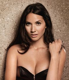 Olivia Munn and her wonderful cleavage in a strapless black dress Olivia Munn, Olivia Wilde, Beautiful Female Celebrities, Beautiful Actresses, Beautiful Women, Becoming An Actress, Demi Moore, Actrices Hollywood, Mode Outfits