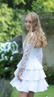 Konfirmationskjoler - Eksklusive kjoler til konfirmander Gala Dresses, Short Dresses, Summer Dresses, Wedding Dresses, Confirmation Dresses, African Fashion Dresses, Beautiful Dresses, White Dress, Inspiration