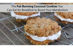 The Fat-Burning Coconut Cookies You Can Eat For Breakfast to Boost Your Metabolism - InShapeToday Fast Metabolism, Boost Your Metabolism, One Week Diet Plan, Home Microdermabrasion, Burn Belly Fat Fast, Lose Belly, Fat Belly, Lose 15 Pounds, Coconut Cookies