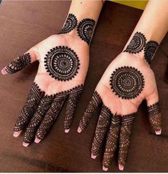 42 beautiful henna tattoo designs for women to try out - Henna Tattoo - Hand Henna Designs Henna Tattoo Designs, Circle Mehndi Designs, Round Mehndi Design, Finger Henna Designs, Latest Bridal Mehndi Designs, Mehndi Design Pictures, Modern Mehndi Designs, Mehndi Designs For Beginners, Wedding Mehndi Designs