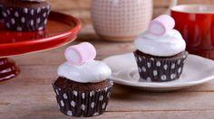 Cupcakes de chocolate con nubes - Alma Obregón - Receta - Canal Cocina