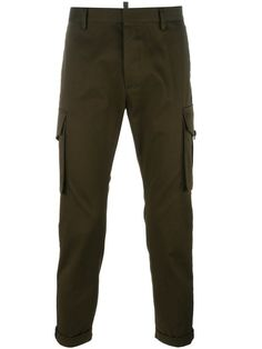 Shop Dsquared2 cropped cargo pants.