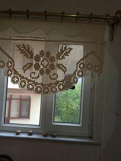 Crochet Curtain Pattern, Crochet Curtains, Curtain Patterns, Lace Curtains, Crochet Doilies, Crochet Patterns, Stone Rug, Border Embroidery Designs, Filet Crochet