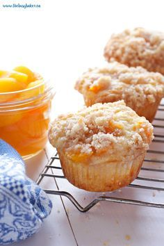 These Peach Cobbler Muffins are the perfect sweet snack! This is such an easy recipe that taste's just like Grandma's peach cobbler! Bisquick Recipes, Baking Recipes, Dessert Recipes, Peach Muffins, Peach Cobbler Cupcakes, Homemade Peach Cobbler, Canned Peach Cobbler Recipe, Peach Scones, Peach Cookies