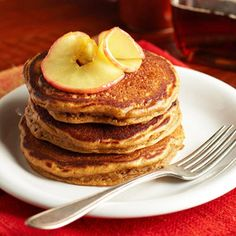 Perfect Pancake Recipes Gingerbread Pancakes from Perfect Pancake Recipes – Midwest Living Magazine What's For Breakfast, Breakfast Pancakes, Pancakes And Waffles, Mexican Breakfast, Morning Breakfast, Brunch Recipes, Fall Recipes, Breakfast Recipes, Pancake Recipes