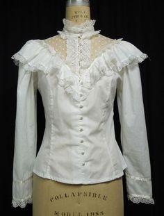 I remember when this style top was hip and worn with prairie skirts. I was in high school.