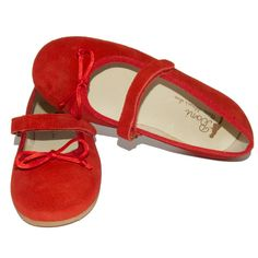 Elegant ballerinas for fancy little girls. Upper material made of suede, decorated  with a cute, shiny bow. Comfortable to wear and easy to slip in. Velcro fastening  for a perfect fit. Leather shoes with a non-slip and flexible sole.