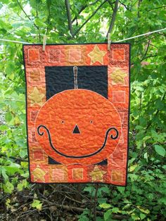 Pumpkin Halloween Quilted Wall Hanging by quiltsbyjessica on Etsy, $65.00