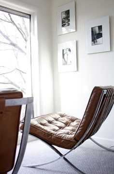 Amazing brown leather chairs to lounge in. Modern Furniture, Home Furniture, Furniture Design, Barcelona Chair, Take A Seat, Interiores Design, Chair Design, Eames, Home And Living