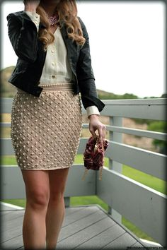Pencil Skirt / White / Casual / Texture