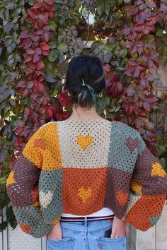 Crochet Crafts, Crochet Yarn, Crochet Projects, Pull Crochet, Crochet Granny, Crotchet, Crochet Clothes, Diy Clothes, Crochet Designs